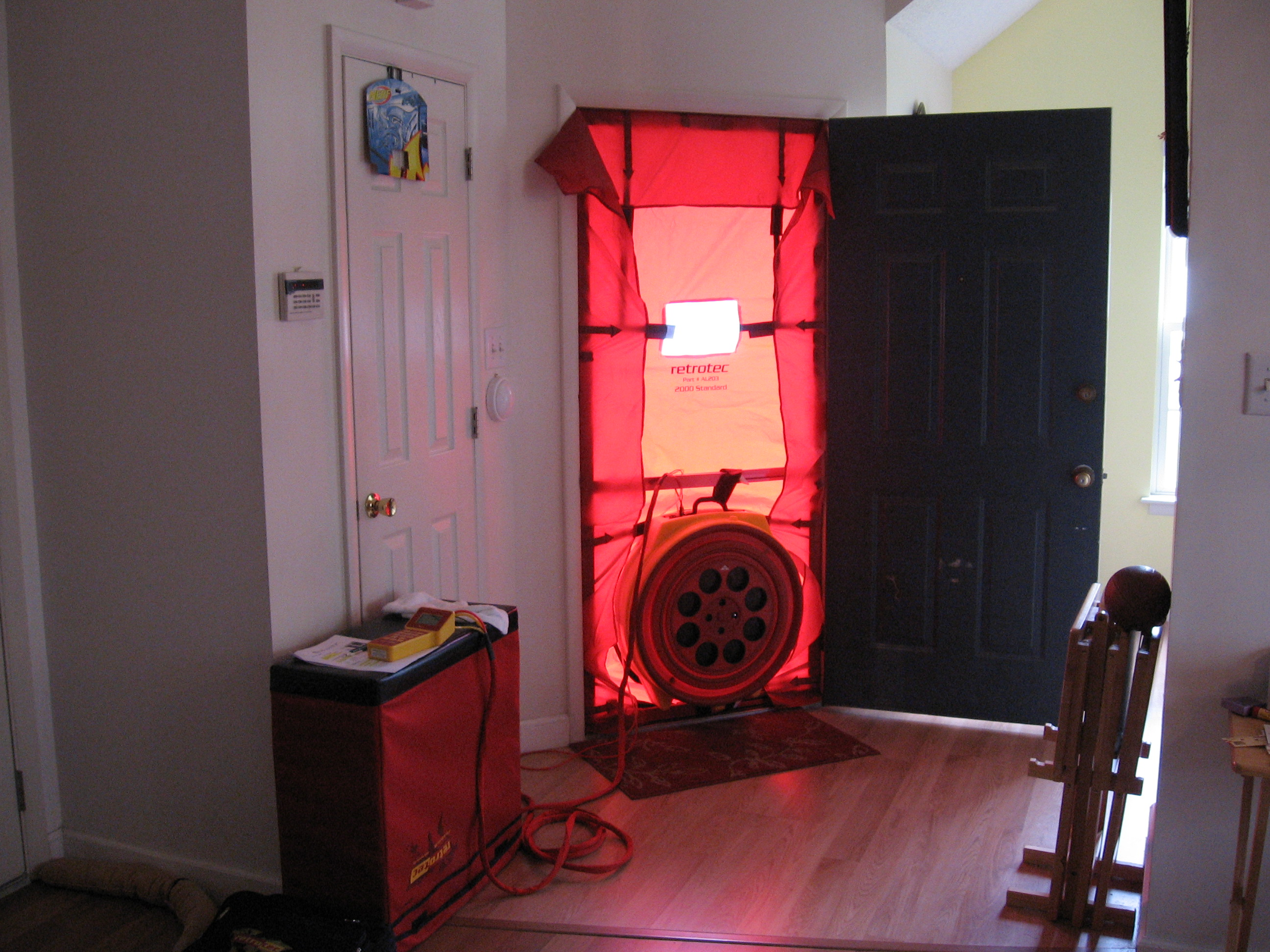 blower doors blower door tests used to be the exclusive domain of weatherization workers and. Black Bedroom Furniture Sets. Home Design Ideas